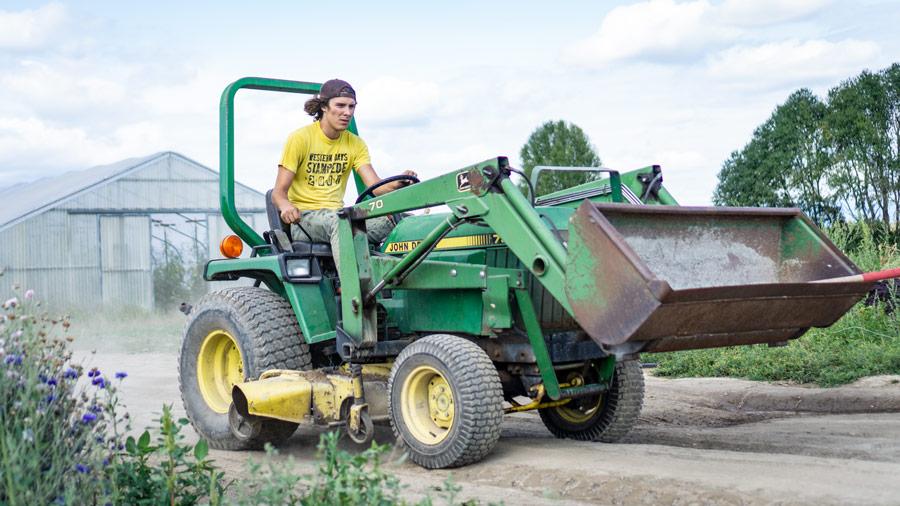 Speedy Tractors